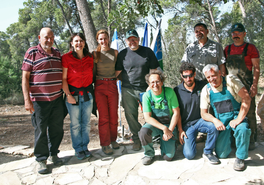 Czech foresters volunteer in Israel's Masaryk Forest