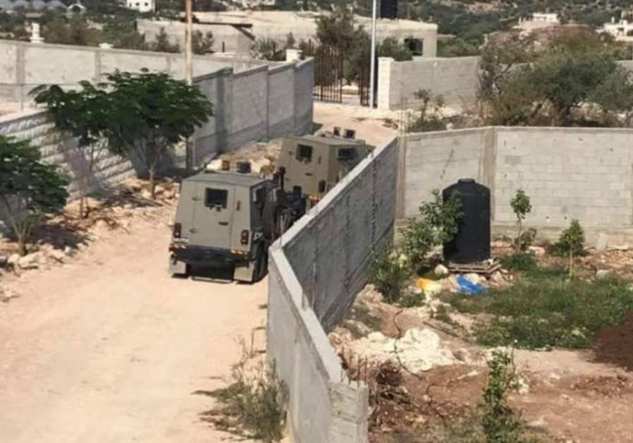 Report: IDF surrounds family home of Barkan terrorist