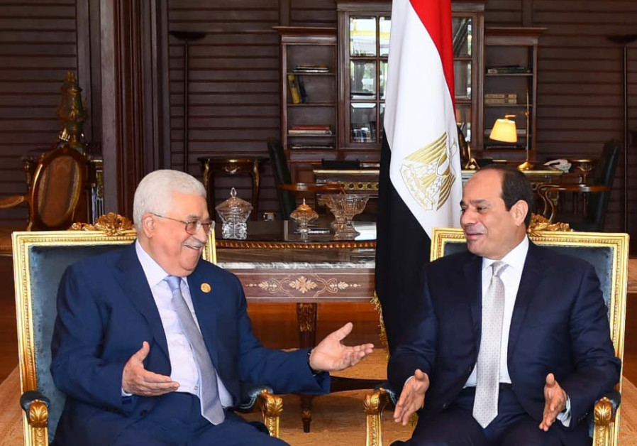 Report: Al-Sisi persuades Abbas to agree to Hamas-Israel ceasefire terms