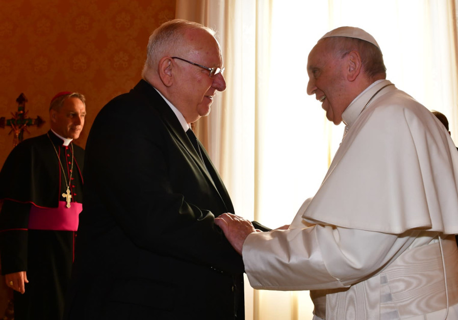 President Reuven Rivlin meets with Pope Francis at the Vatican on Thursday, November 15, 2018