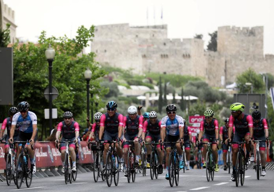 "Sylvan Adams (C, blue), honorary president of Giro d'Italia's ""Big Start"" Israel"