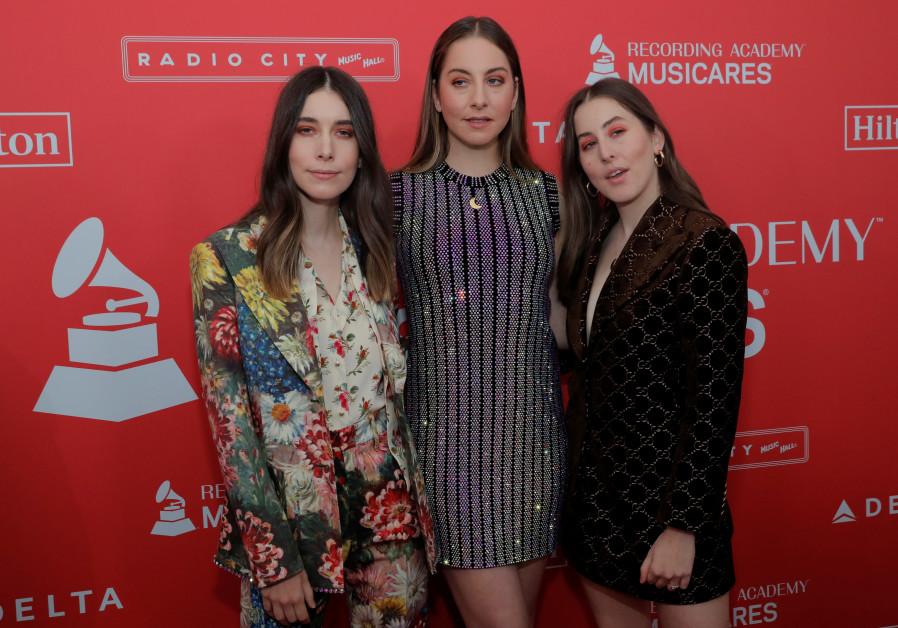 Haim, the rock group of three Jewish sisters