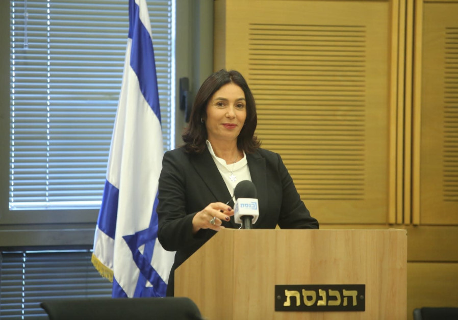 Miri Regev talks about cultural loyalty bill at press conference.