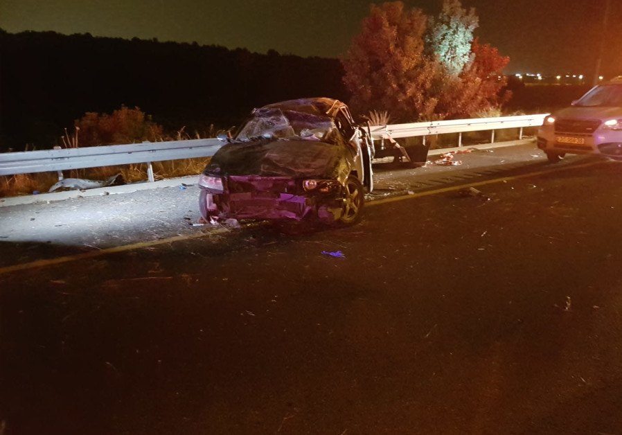 Woman, infant killed in car crash in southern Israel