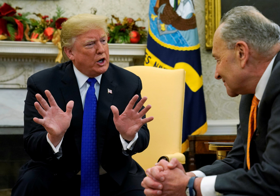 U.S. government shuts down after last minute talks fail