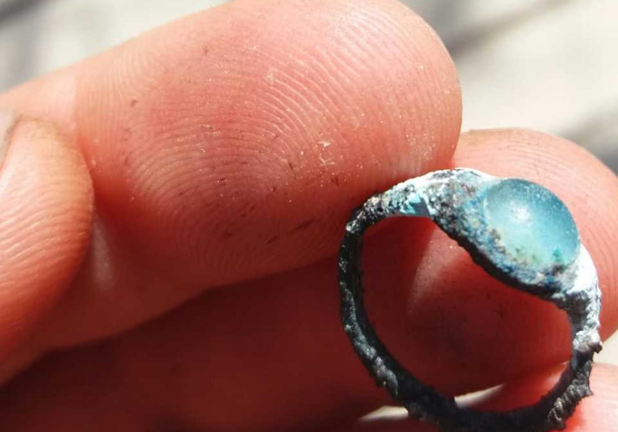 Two-thousand-year-old ring found in the City of David