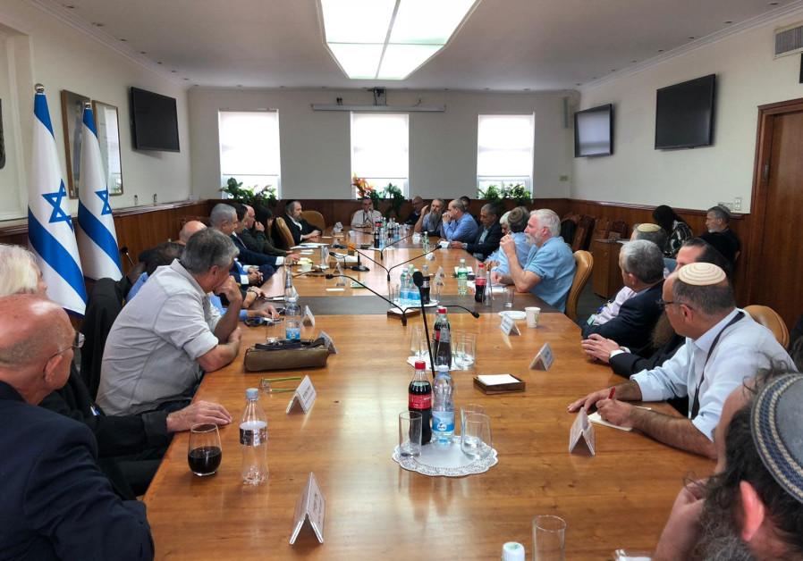 Netanyahu: 'Settlements in grave danger if Left triumphs'