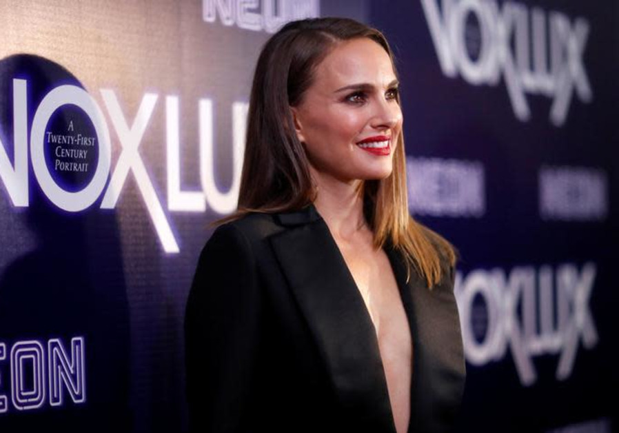 """Natalie Portman poses at a premiere for the movie """"Vox Lux"""" in Los Angeles, California, U.S"""