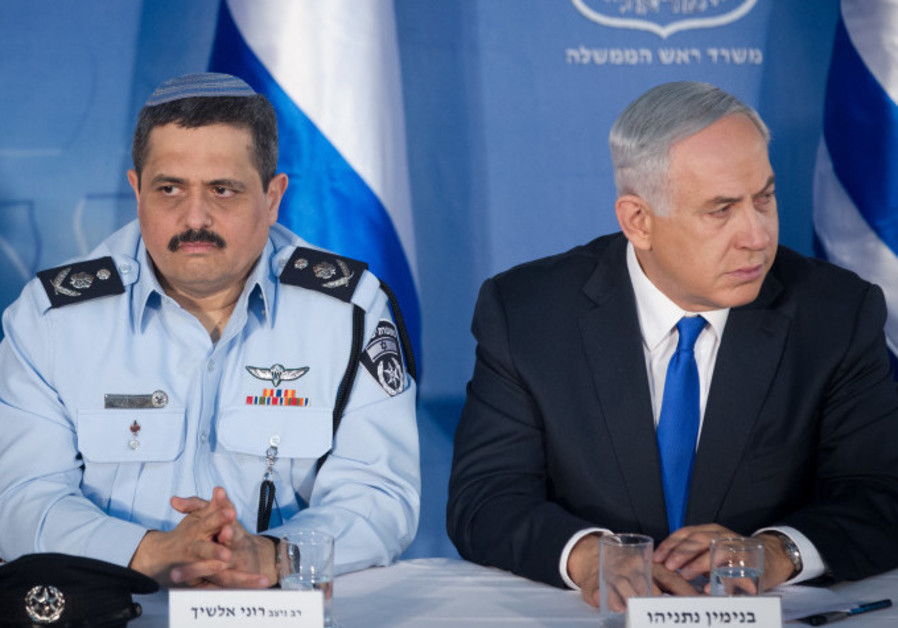 Alshich during his tenure as chief of staff with Netanyahu