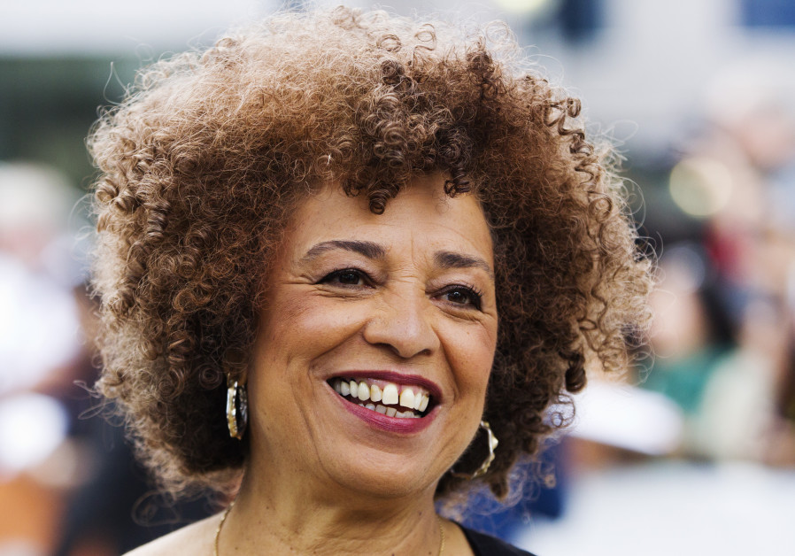 Angela Davis says was refused Civil Rights award for Palestine support