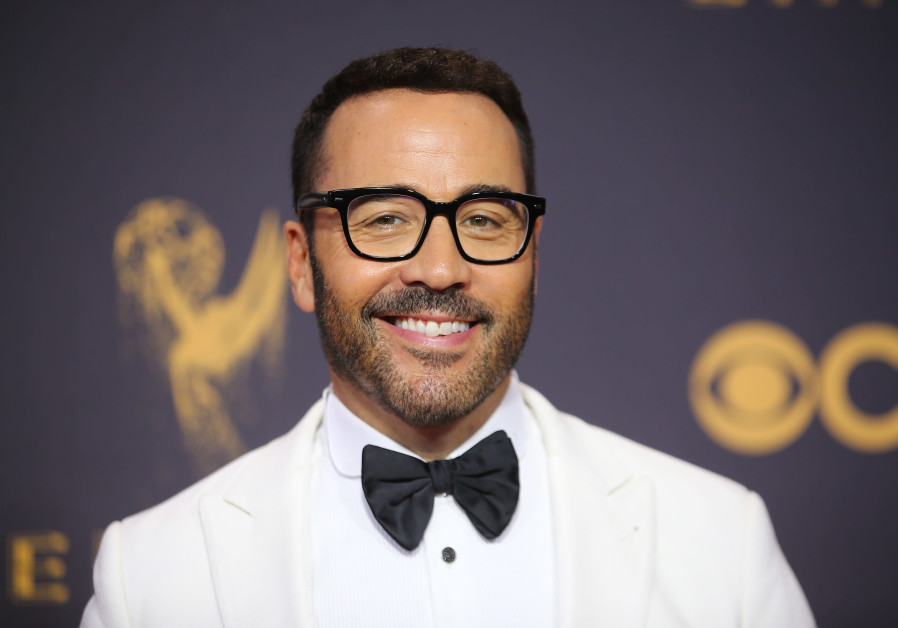 Jeremy Piven looks for laughs in Jerusalem