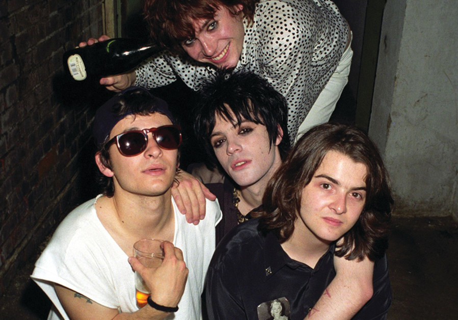 THE MANIC STREET Preachers in the early 1990s with Richey Edwards (middle center).