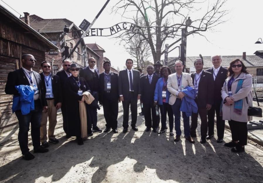 U.N. Ambassadors visit Poland, honor Holocaust victims