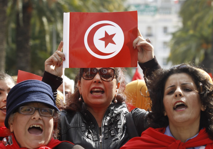 Tunisian & Egyptian Activists Call For Polygamy To Solve 'Spinster Crisis'