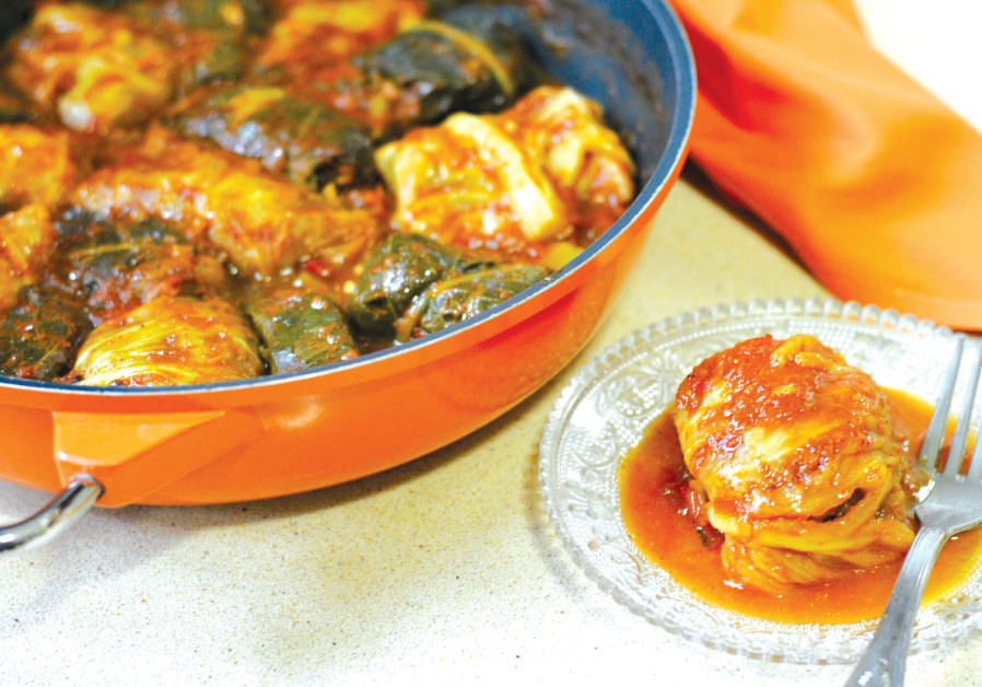 STUFFED CABBAGE with Rice and meat (PASCALE PEREZ-RUBIN)