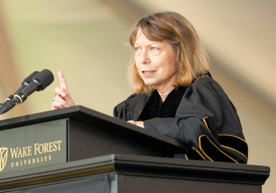 JILL ABRAMSON gives a commencement address in North Carolina in 2014. (Jason Miczek/Reuters)