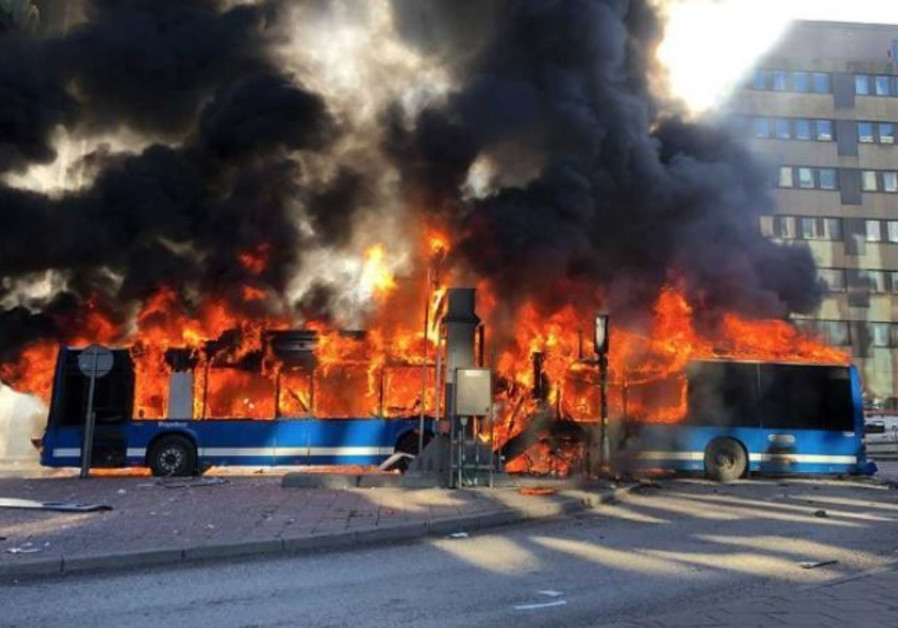 Bus explodes in Stockholm, driver taken to hospital