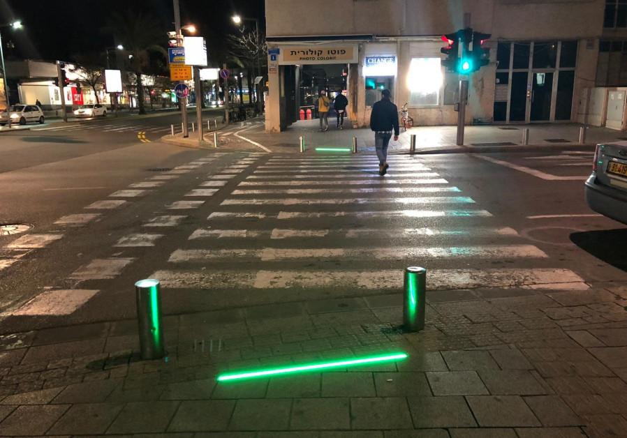 Tel Aviv Installs Sidewalk Lights To Protect Smartphone