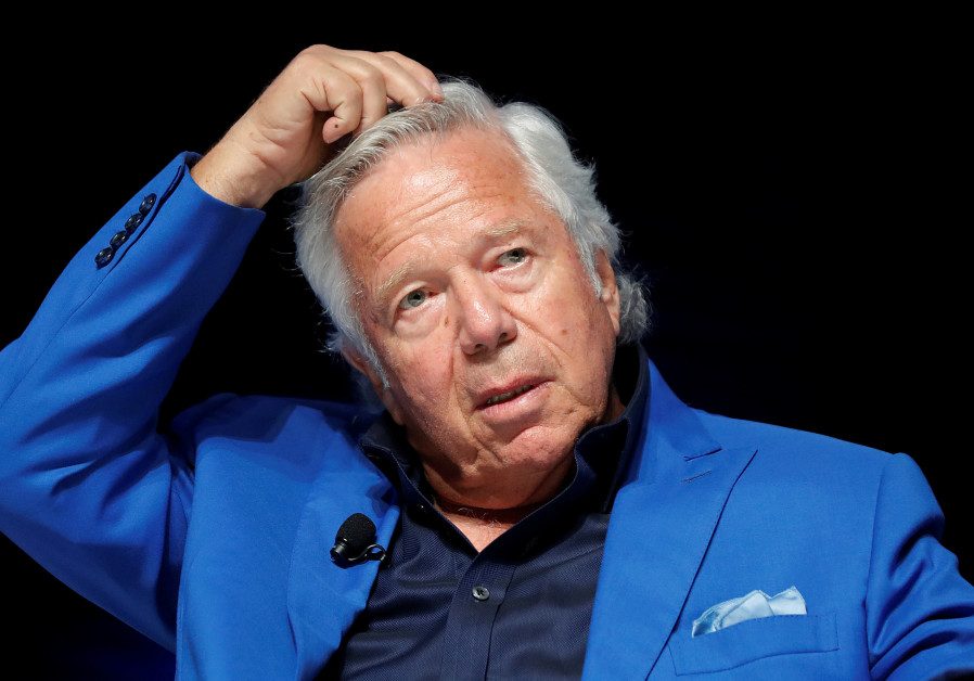 Patriots owner Robert Kraft apologizes in first statement since arrest