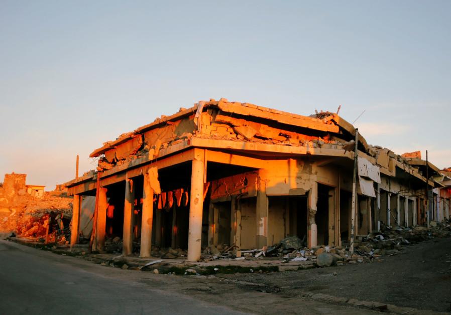 Three ISIS suicide bombers detonate near Iraq's Sinjar