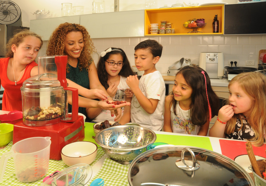 'HEALTHY COOKING and eating can be fun and delicious': A cooking class with Admoni. (Eyal Keren)