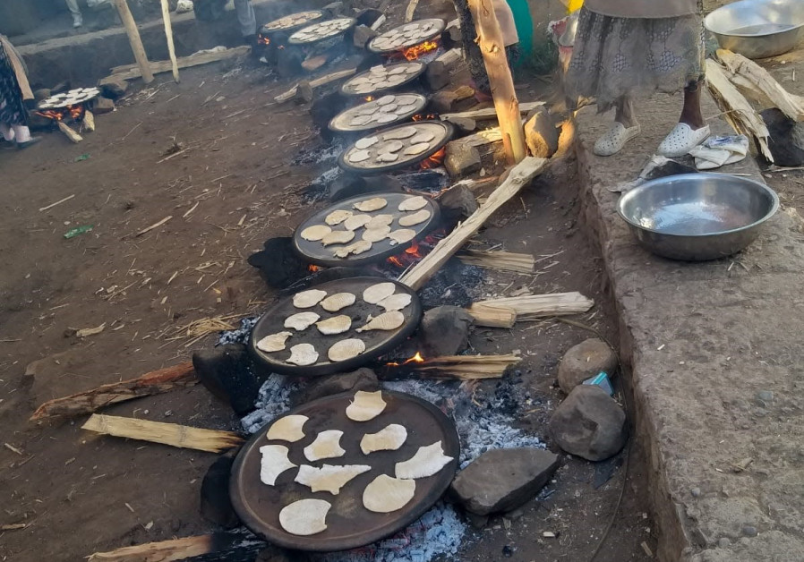 Matzot are prepared for the Seder in Gondar, Ethiopia. (Gal Zeira/Struggle for Ethiopian Aliyah)