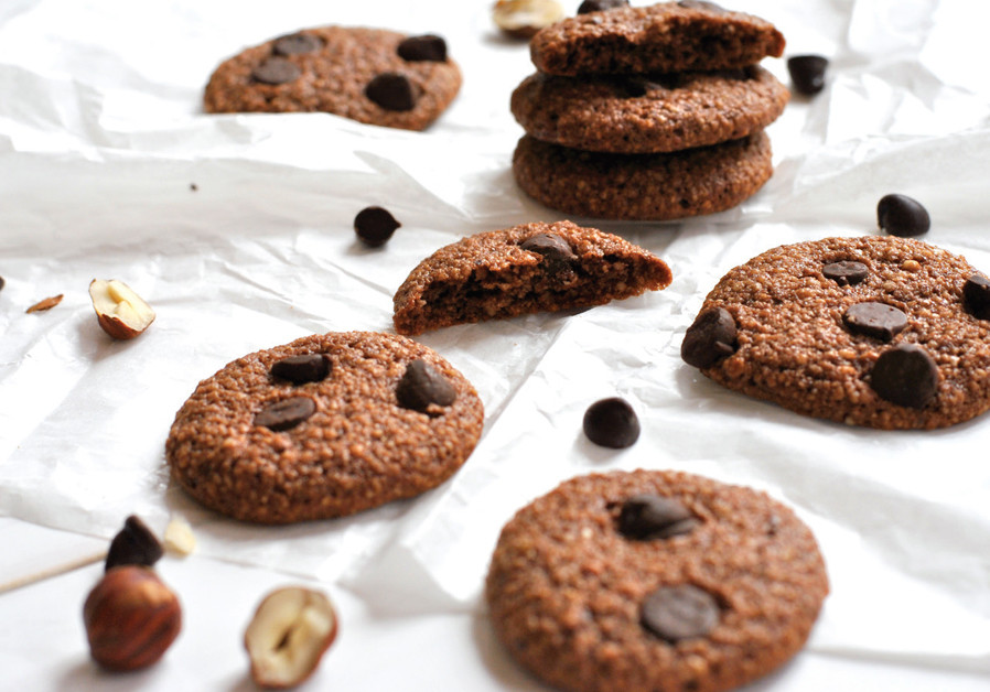CHOCOLATE AND HAZELNUT COOKIES (Pascale Perez-Rubin)