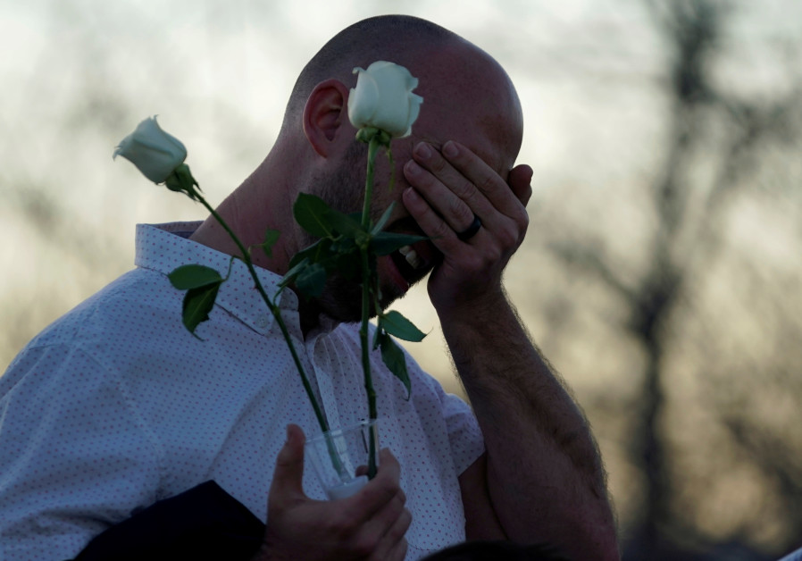 Solemn service to mark 20th anniversary of Columbine High massacre
