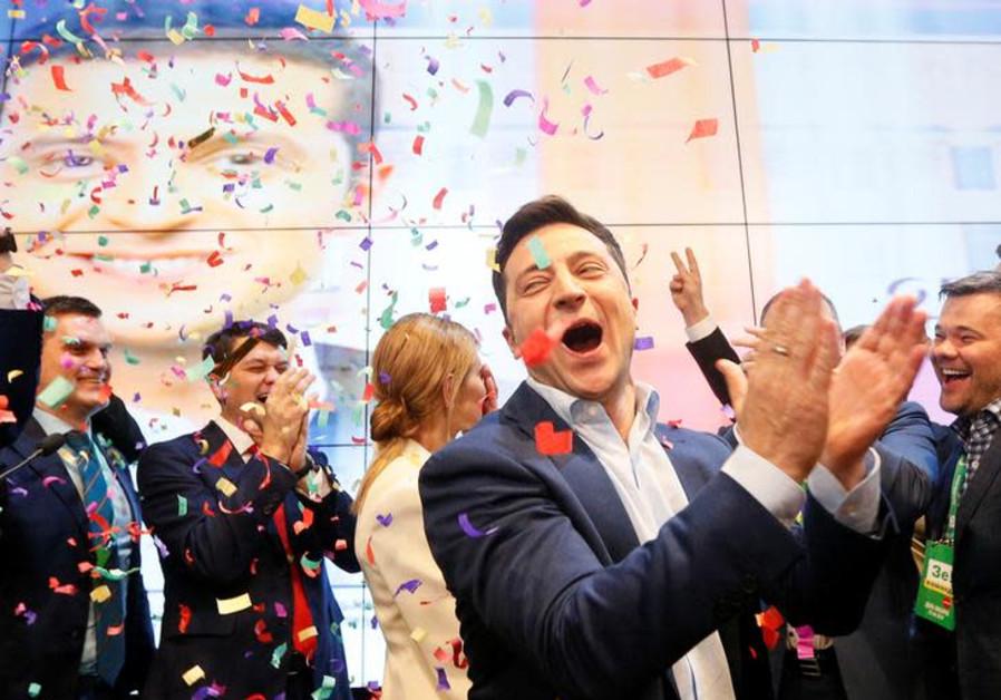 Jewish comedian Zelenskiy wins Ukrainian presidential race by landslide