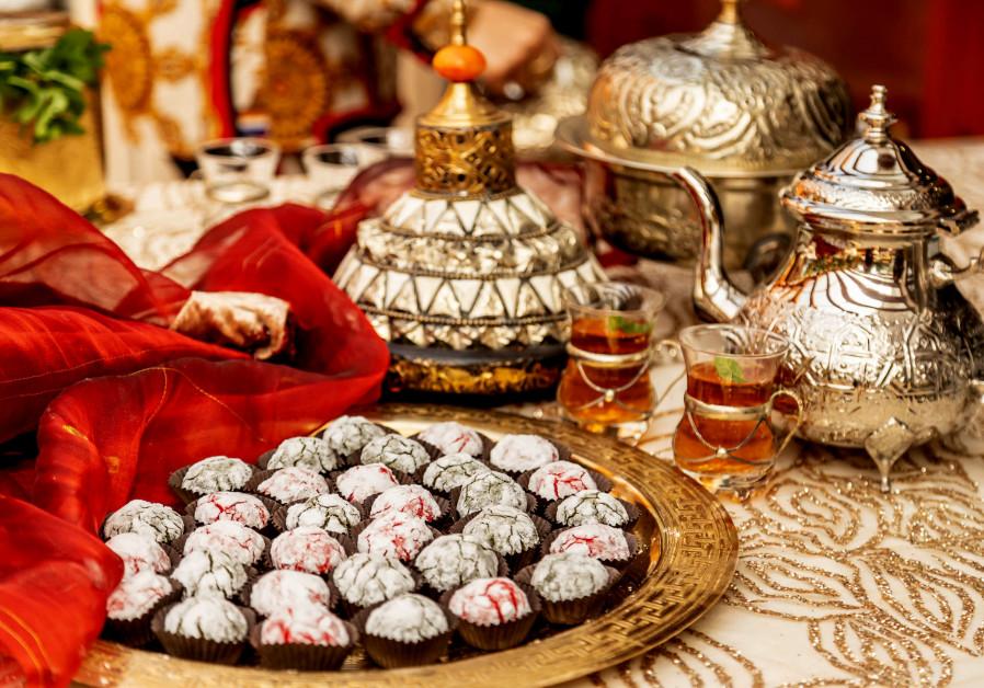 Almond cookies (Shira Bar)