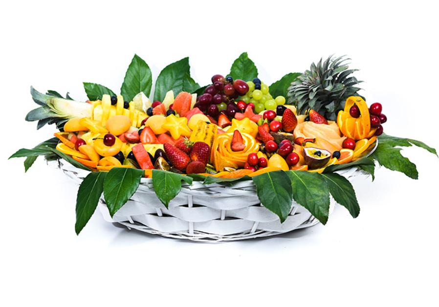 Beautiful fruit basket by Salsala