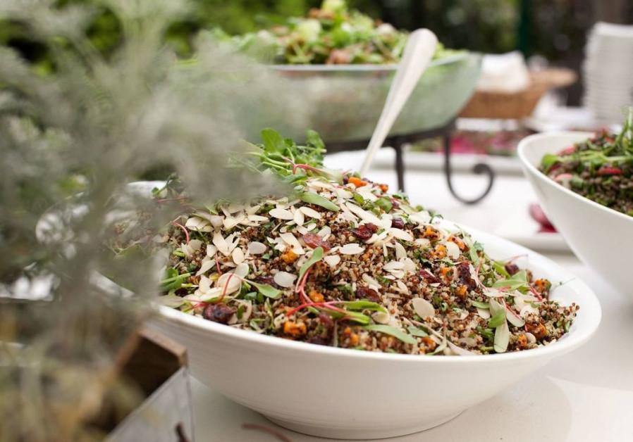 Healthful salad by Galiano