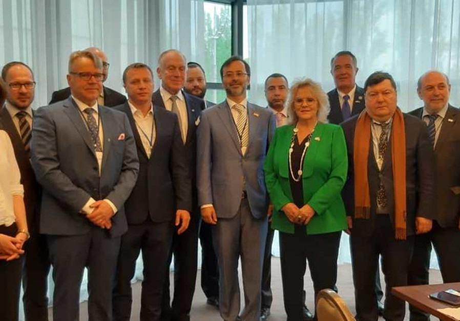 Knesset Members vow Jewish continuity at conference in Ukraine