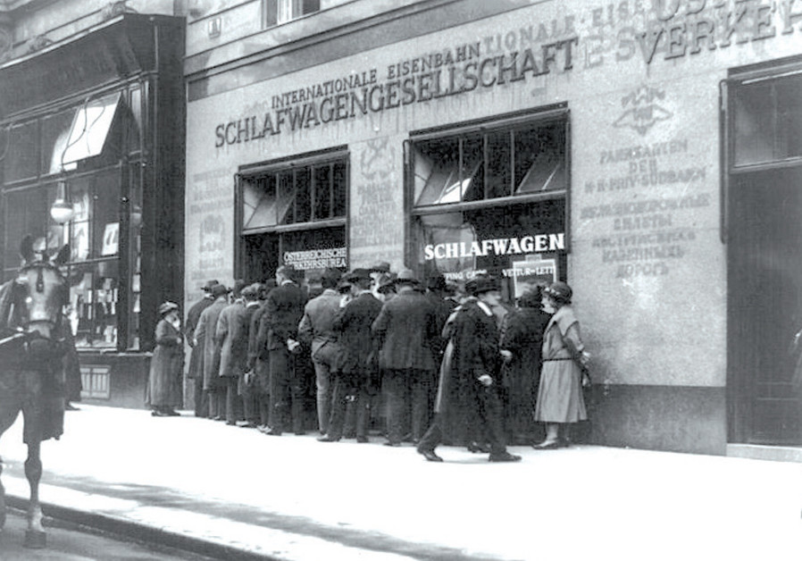 SHADES of Herzl: Railway ticket offices, Vienna, 1923.  (Credit:Reuters)