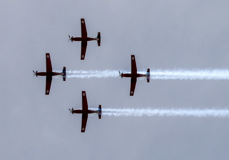 IAF practices its flyby ahead of Independence Day