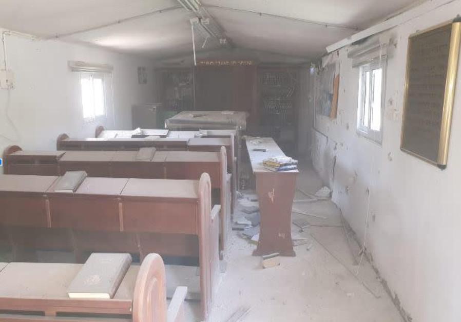 IDF synagogue damaged by rocket fire, Kissufim May 2019