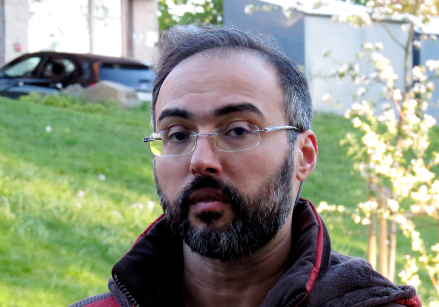 Palestinian human rights activist warned of threat to his life by CIA