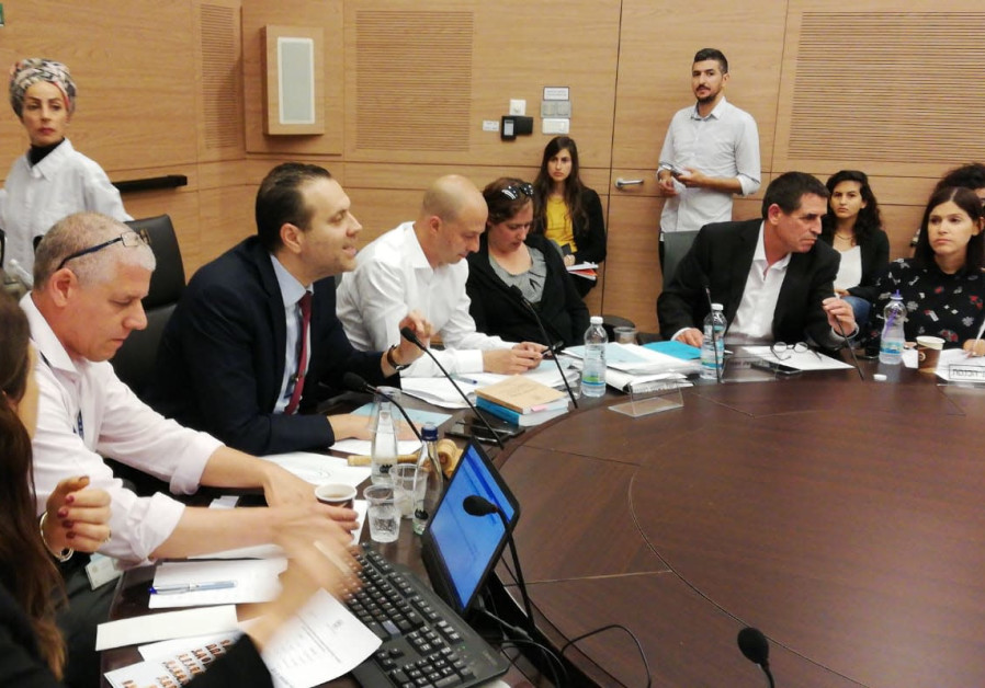 The Knesset House Committee discussing the immunity bill proposed by Knesset House Committee Chair M