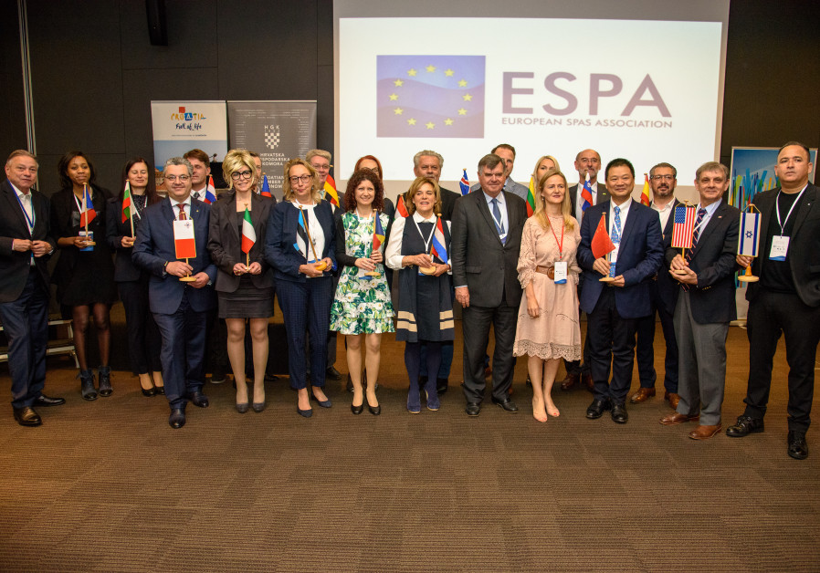 Far right, front row, Adi Azoulay from Israel. Front row center, without flags: Mr Thierry Dubois, ESPA president; Ms. Csilla Mezosi, ESPA secretary-general (Photo courtesy ESPA)
