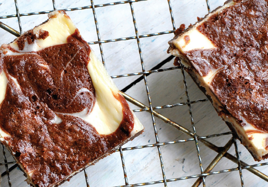 CHOCOLATE AND CHEESE BROWNIES (Credit: PASCALE PEREZ-RUBIN)