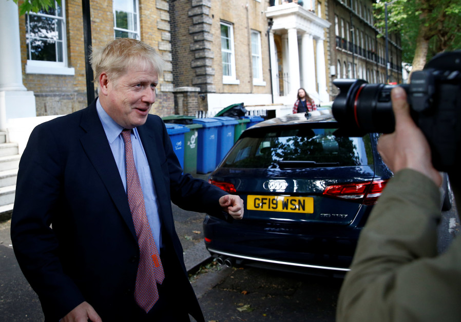 Judges throw out alleged misleading Brexit campaign case against Johnson