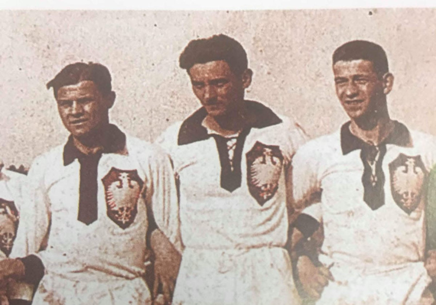 In the middle is the Jewish player who scored first goal for Poland, Jozef Klotz