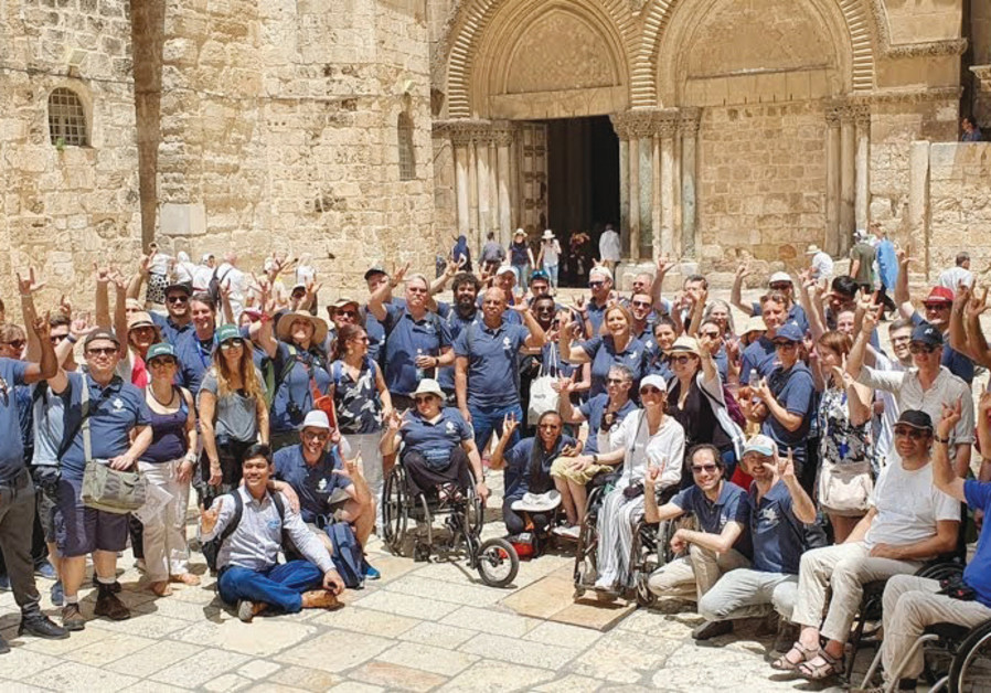 ATTENDEES OF the Access Israel 'Future of Accessibility' conference visit the Old City in Jerusalem.
