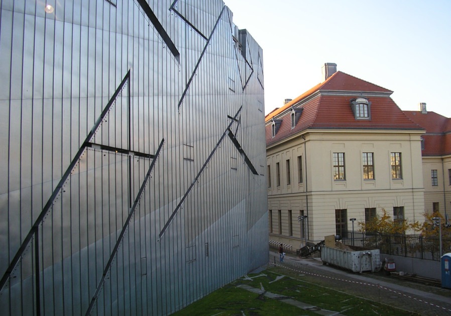 300 Jewish scholars sign letter for Fmr. Berlin Jewish Museum director