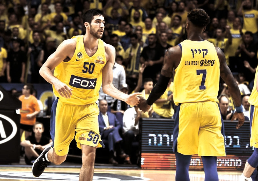 Yovel Zoosman and DeAndre Kane of Maccabi Tel Aviv in a game against Maccabi Rishon Lezion, June 13