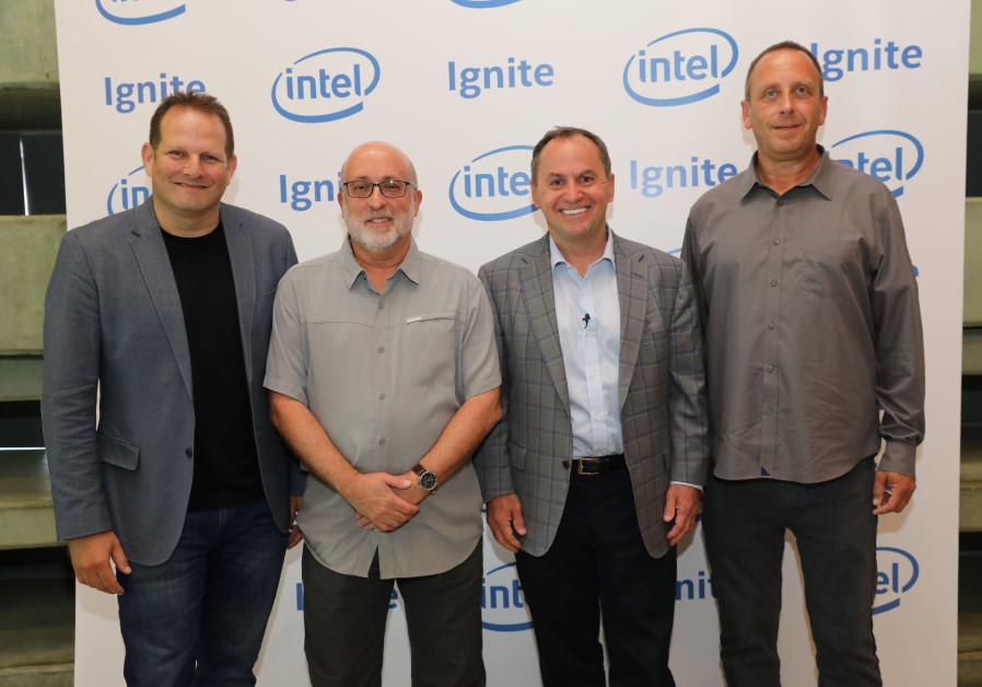 Tzahi (Zack) Weisfeld, Avner Goren, Intel CEO Bob Swan and Intel Israel general manager Yaniv Garty