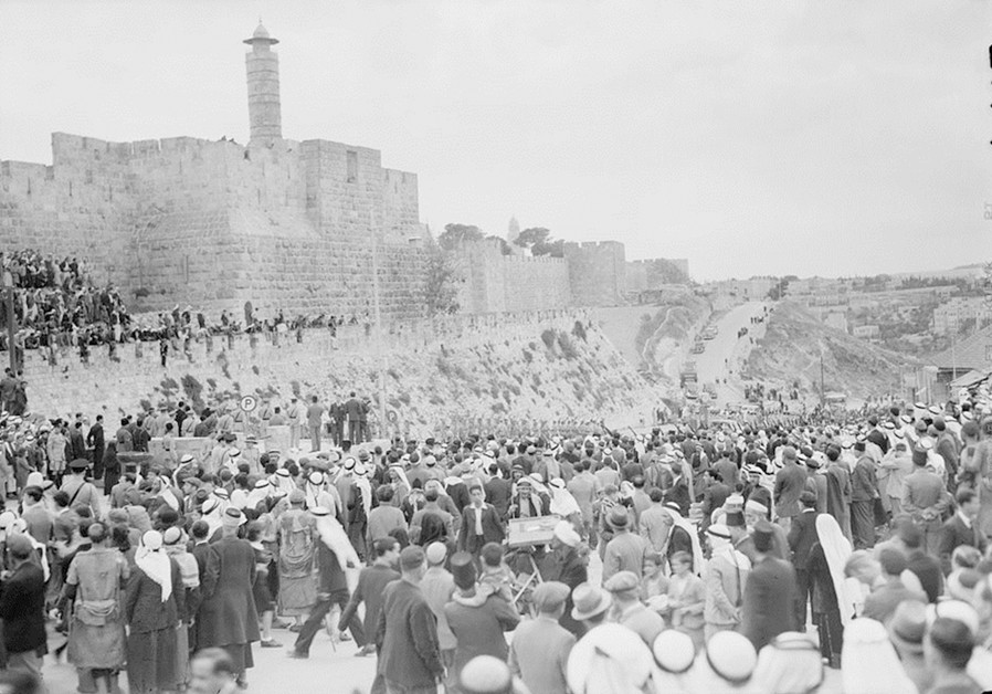 When Palestinian Arabs and Jews fought the Nazis side by side