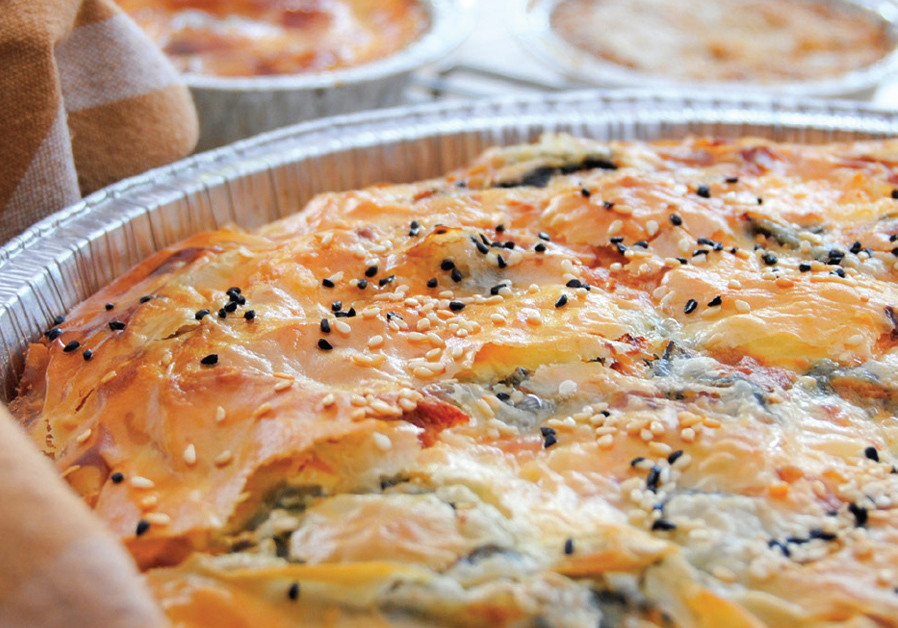 SPINACH AND CHEESE PASTRIES (Credit: PASCALE PEREZ-RUBIN)
