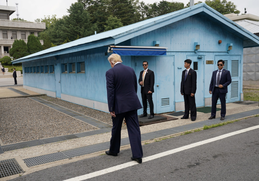 Donald Trump meets with Kim Jong Un and Moon in South Korea
