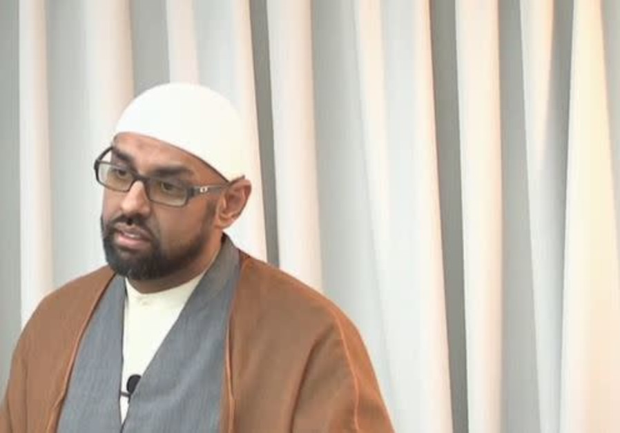 Canadian Imam speaks out against Trump